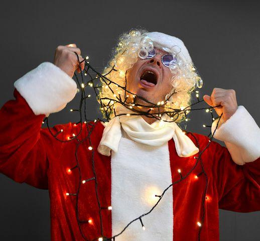 Santa claus 1717350 480